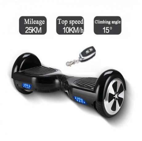 Hoverboard negru 6.5 inch cu telecomanda si conexiune bluetooth HOVER NEGRU 461x460